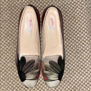 Beautiful NWOT Goby floral shoes